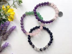 Bracelets on elastic